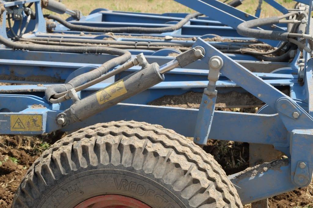 Landmaschine mit Topsoil Mapper Steuerung